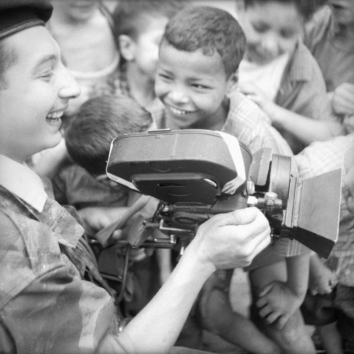Бель с детьми июнь 1958.jpg