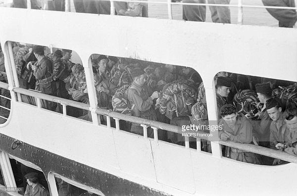 Прибытие призывником на корабле Город Оран 14 b.yz 1956 Франсуа Паж илиПажес 3.jpg