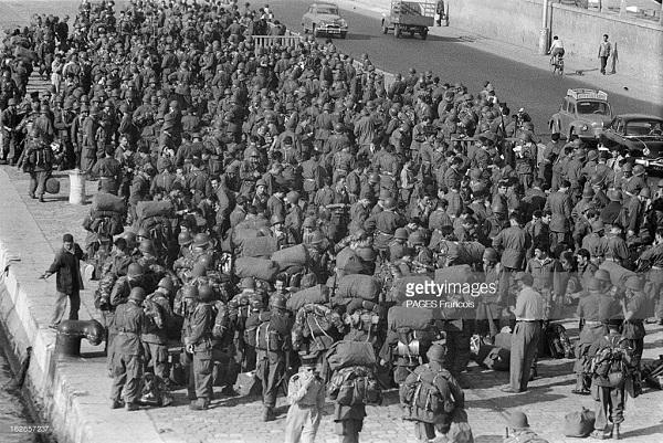 Прибытие призывником на корабле Город Оран 14 июня 1956 Франсуа Паж илиПажес 13.jpg