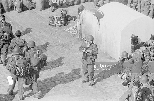 Прибытие призывником на корабле Город Оран 14 июня 1956 Франсуа Паж илиПажес 14.jpg