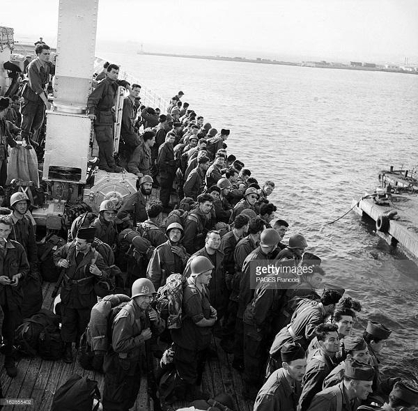 Прибытие призывником на корабле Город Оран 14 июня 1956 Франсуа Паж илиПажес 15.jpg