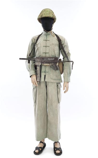 Солдат Вьетминя Обань муз ИЛ.jpg