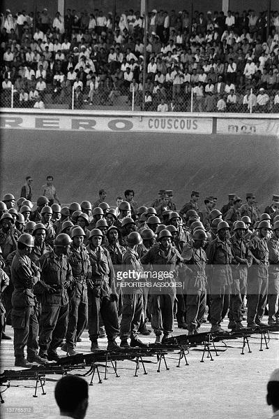 солдаты ано 1962 на стадионе.jpg