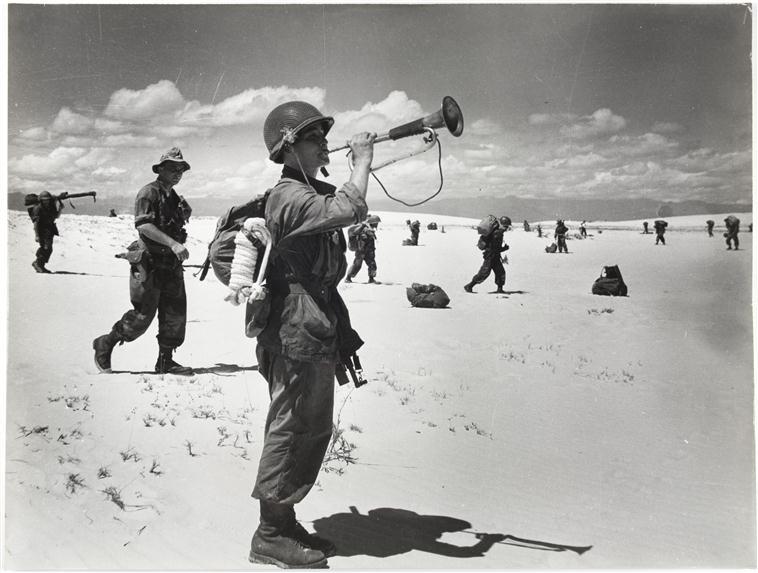 едва на земле трубят сбор 28 июля 1953 оп Камарг П Коркюфф Муз армии.jpg