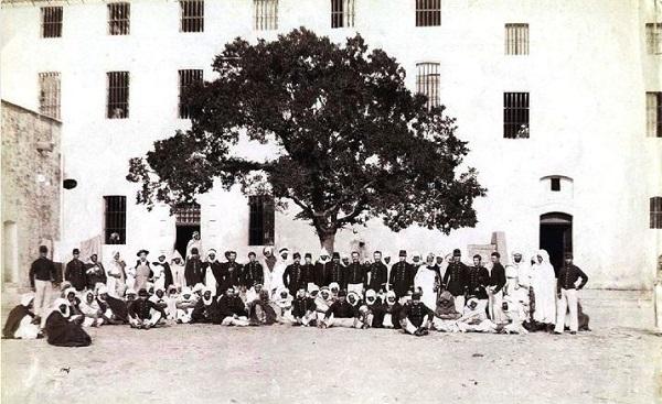 Закл арабы и охр на острове Св Маргариты 1870 1880.jpg