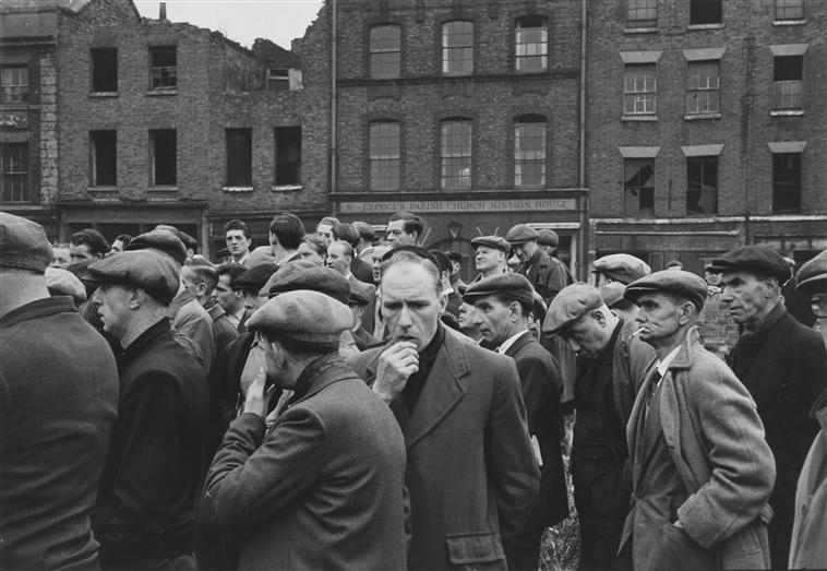 забастовка докеров в Ливерпуле 1954 Мапрк Рибу.jpg