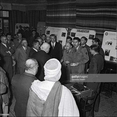 Массю и местные власти июнь 1957 Насердин Зебар.jpg