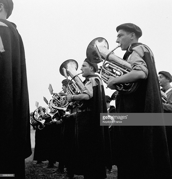 оркестр 1940.jpg