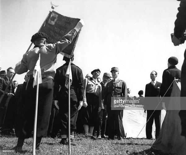 Петен июнь 1941 в Вальматте Ж Г Серюзье.jpg