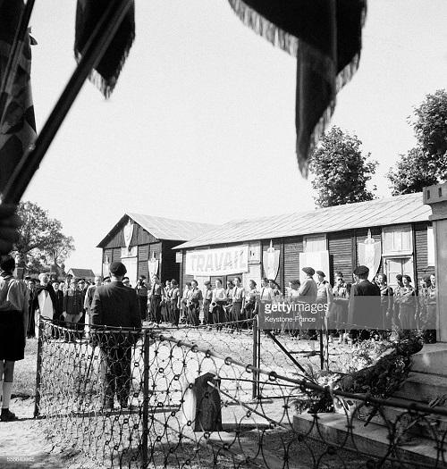 Сбор в сен Бонне Тронсе 1941 2.jpg