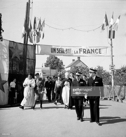 Сбор в сен Бонне Тронсе 1941.jpg