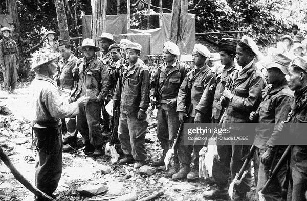 пленные-вьетнамцы май 1954.jpg