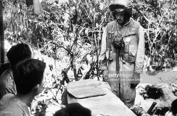 комиссар допр пилота май 1954.jpg