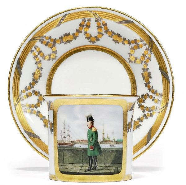 Чашка 1815 Гарднер аукцион3.jpg
