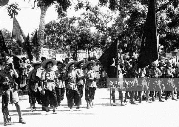 солдаты ВМ в Ханое авг 1945.jpg