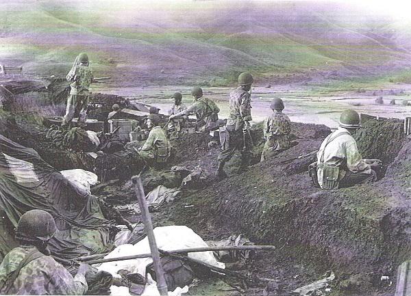 10 Ту Ле окт 1952 подготовка к бою на высотах.jpg