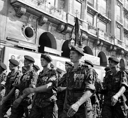 10 дивизия на параде 14 июля 1957 в гор Алжир Мишаловски.jpg