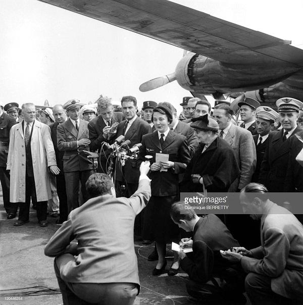 4 де Галар в Орли после осв май  1954 2.jpg