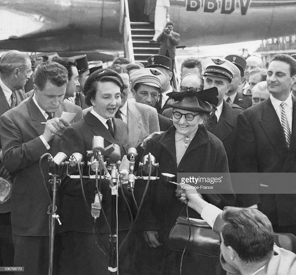 4 де Галар в Орли после осв май 1954.jpg