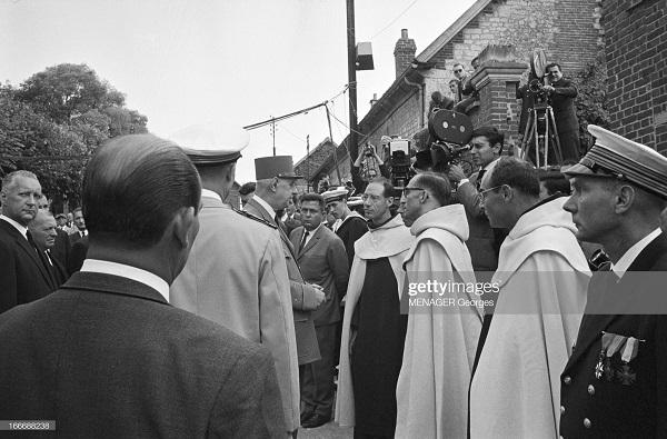 Аржанлье 4 похороны  11 сент 1964.jpg