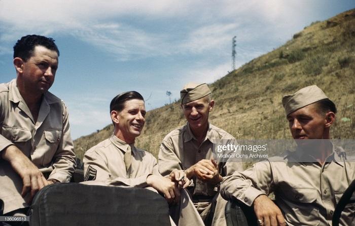 Военные на ам базе сент 1943 иван Дмитрий Мишель Ош 2.jpg