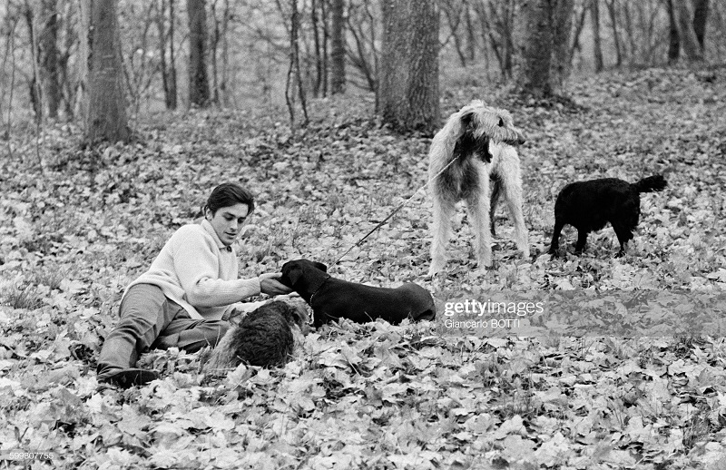1970 с собаками 1970.jpg