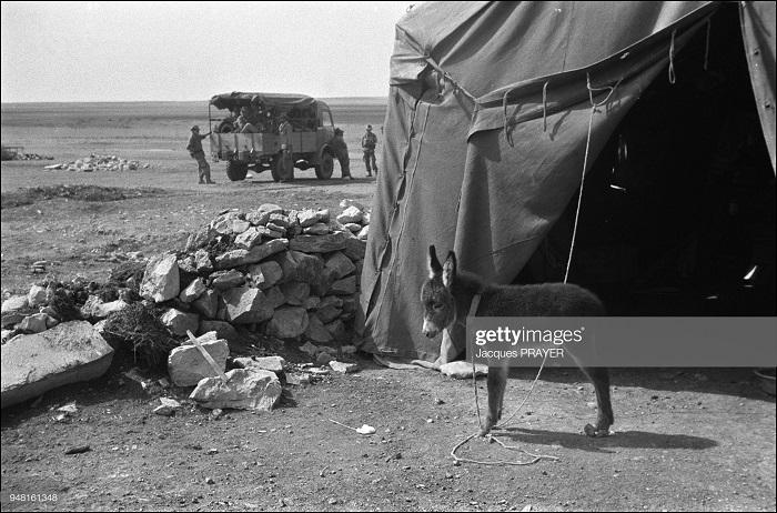 Изолированный пост 12 янв 1961 Жак Прэер.jpg