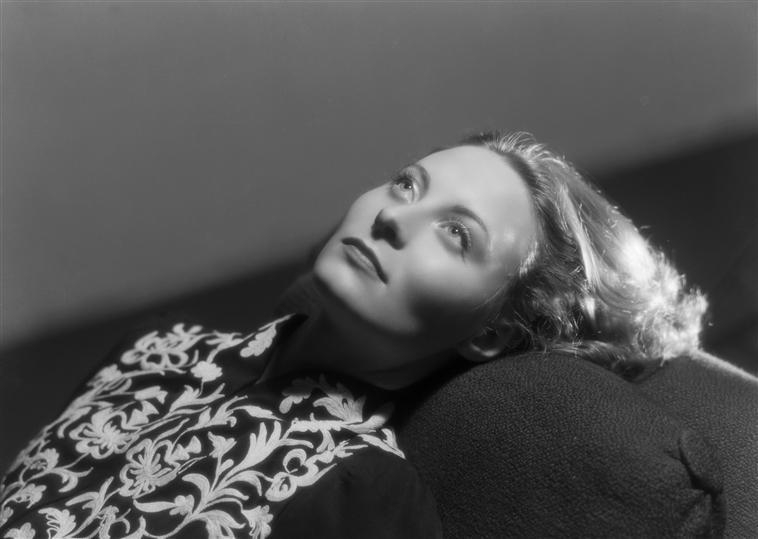 1948 Мишель морган.jpg