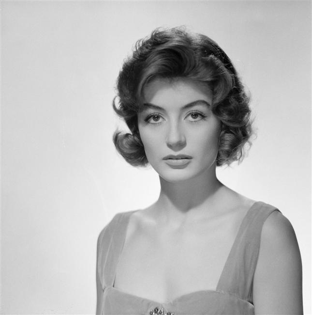 1960 Анук эме.jpg