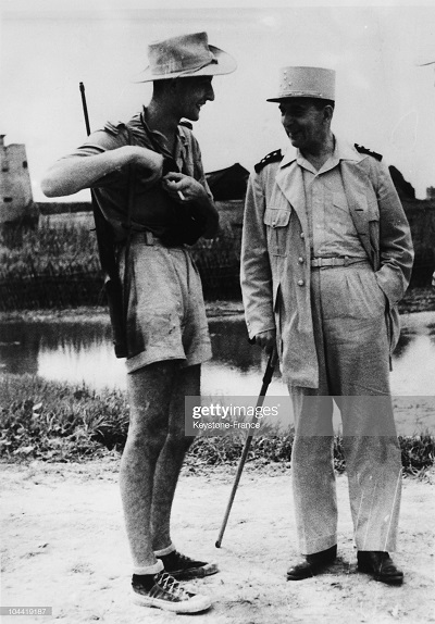 де Латтр  с сыном в Индокитае.jpg