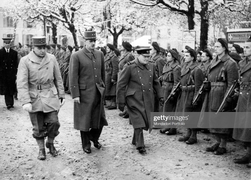 де Латтр де Голль Черчиль. инсп войска 13 нояб 1944.jpg
