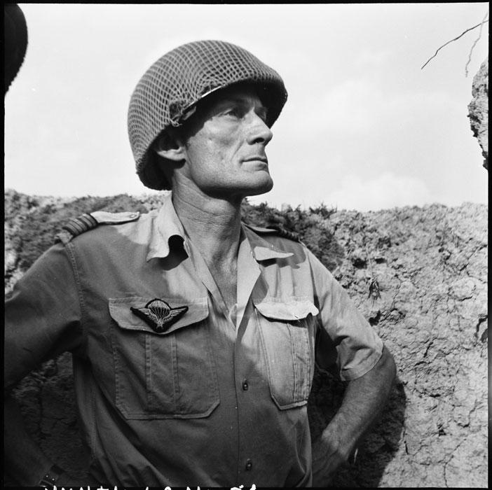 Подполковник Ланглэ 1954 Даниэль Камю Жан Перо.jpg