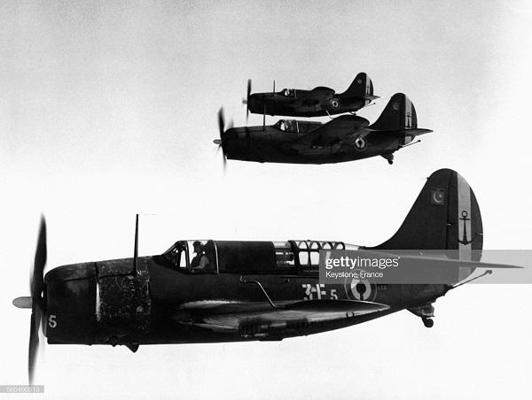 самолеты морской авиации 31 марта 1954.jpg