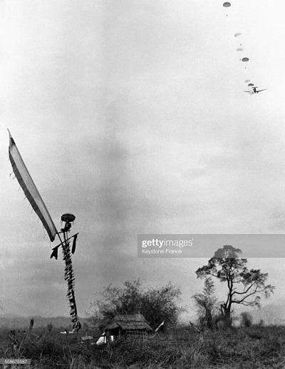 Десантирование в ДБФ март 1954.jpg