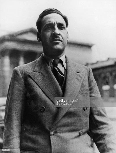 Ферхат Аббас 1946.jpg