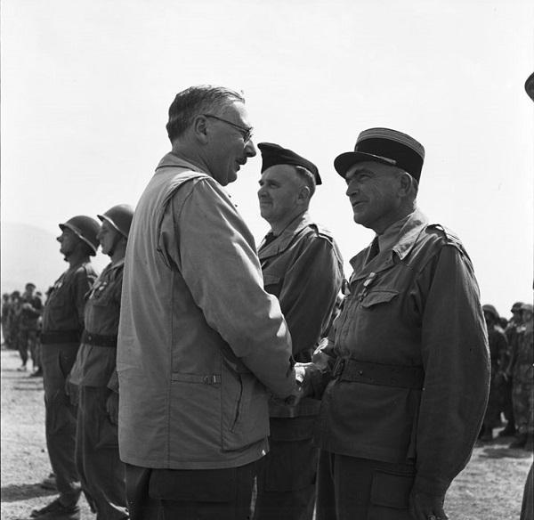 Плевен Гоше и Пиро 19 фев 1954.jpg
