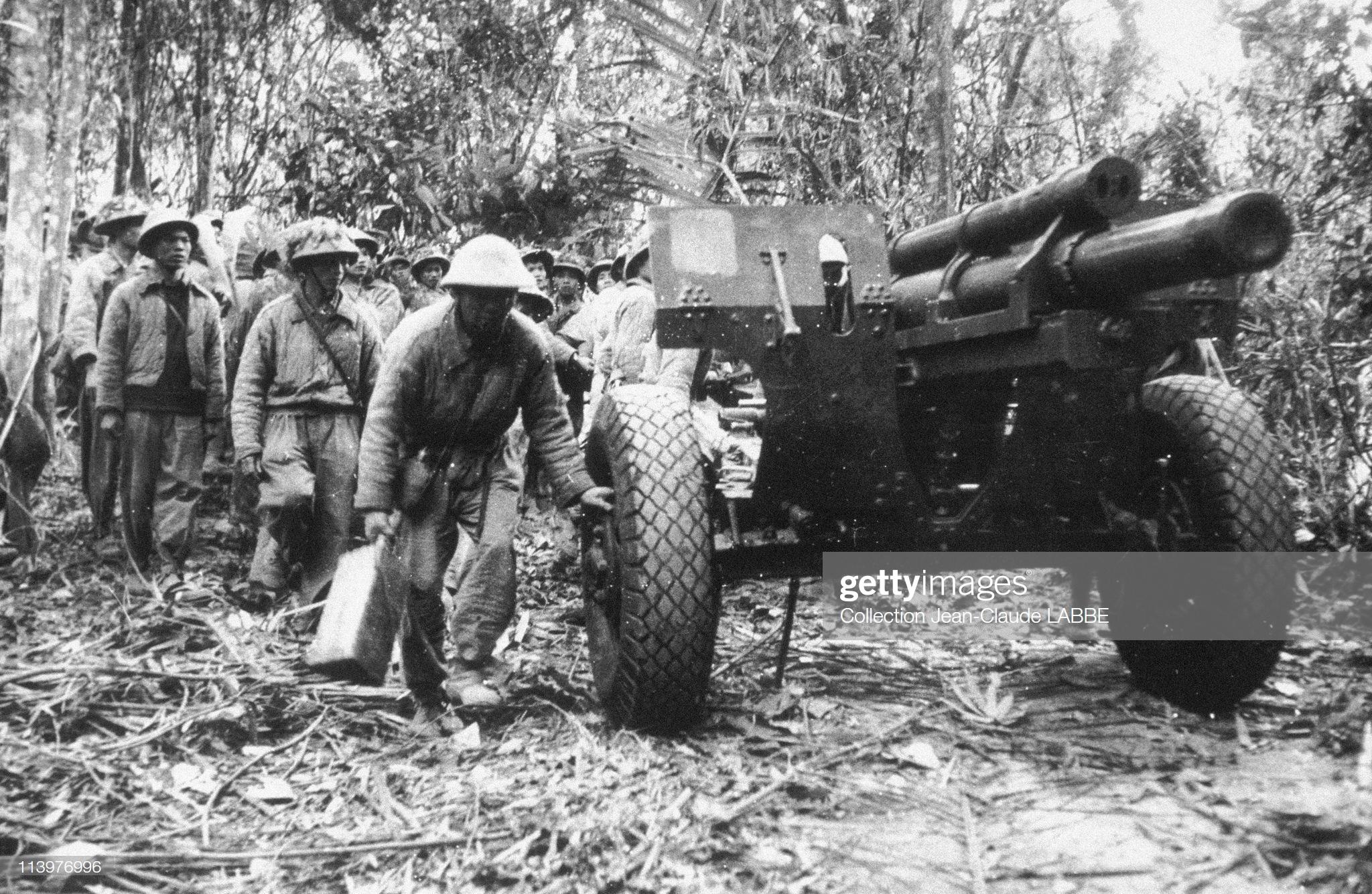 пушки ВМ май 1956.jpg