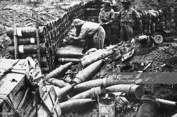 Фр снаряды исп вьетминем в ДБФ 1954.jpg