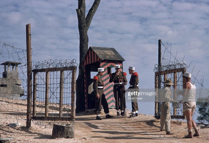 Легионеры в Индокитае 1956 Эрнст Хаас.jpg