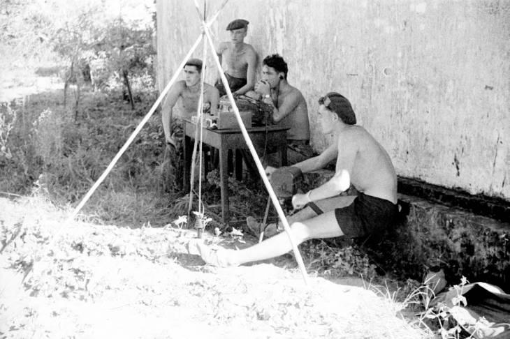 спецназ флота пункт связи на Халонге 1950.jpg