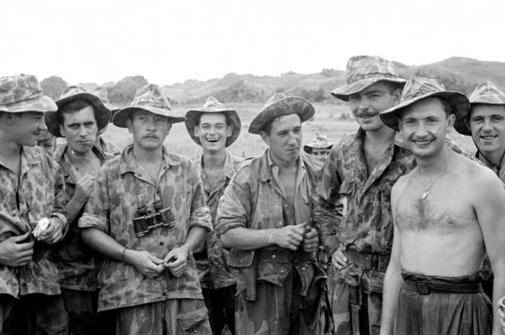 парашютисты 1950.jpg