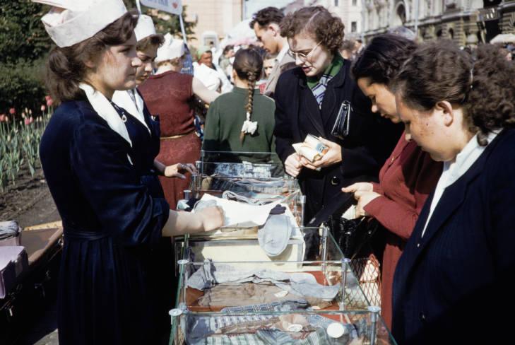 Москва уличная торговля 7.jpg