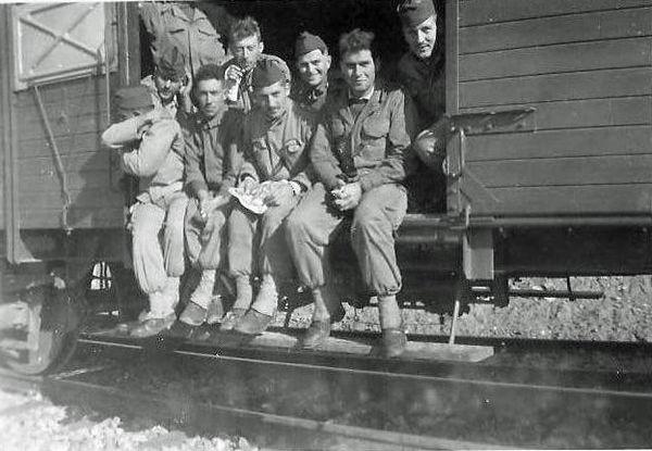 перевозка в вагонах для скота 13 сент 1959.jpg