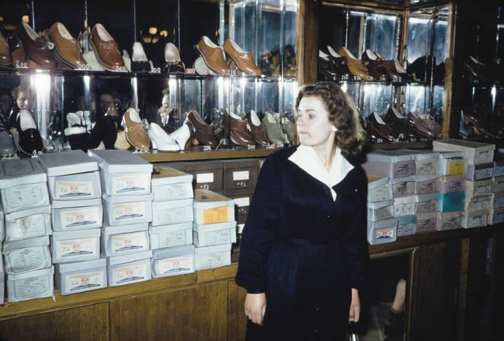 Москва в обувном магазине 3.jpg