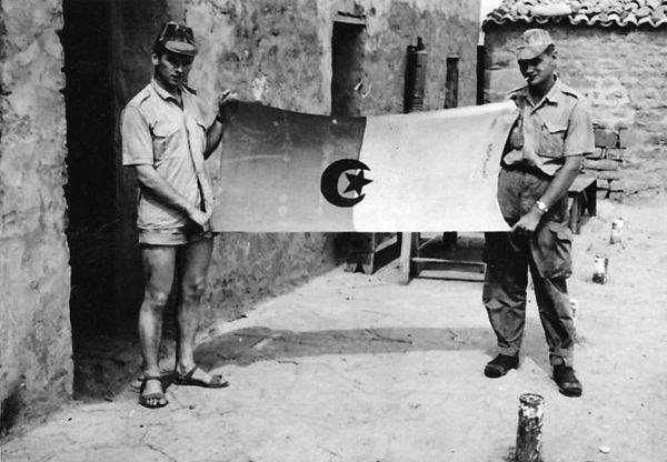 Вражеское знамя.jpg