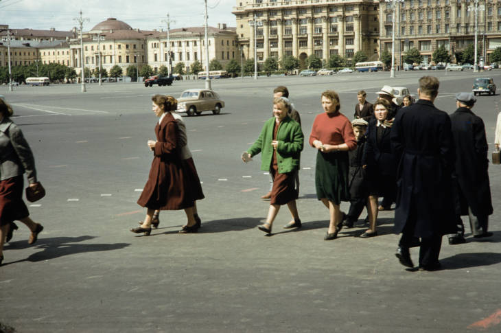 Москва пешеходы 2.jpg