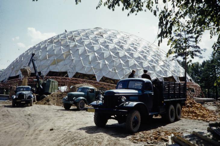 Москва купол в парке Сокольники.jpg