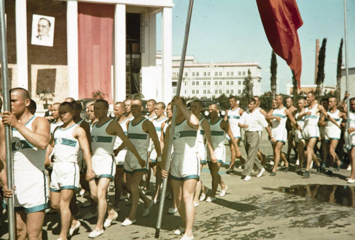 Москва парад гимнасты 2.jpg