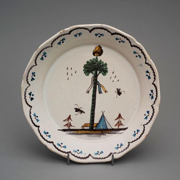 Тарелка дерево свободы 1790-е Собр Удрас.jpg