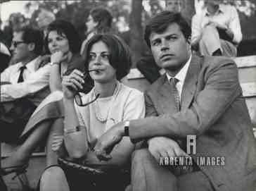 Сорель 9 мая 1964 с женой на чемп по тенису в Риме.jpg